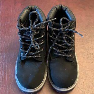 Boys black suede Sketcher boots!! Worn once!!